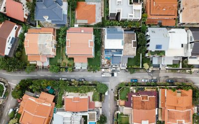 Property Boom, or Doom and Gloom? Understand property bubbles and crashes so you can stop being freaked out by the media
